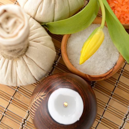 Thai herbal masszázs